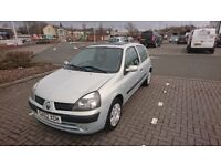 Renault clio 1.5 diesel.