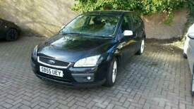 Ford Focus Ghia for sale LOW MILAGE