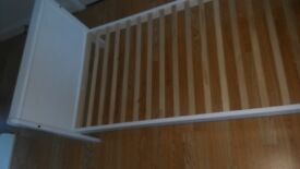 White bed frame 160 cm kids single bed