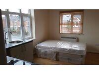 ZERO FEES: New Studio flat to rent Portswood Rd , Southampton near University