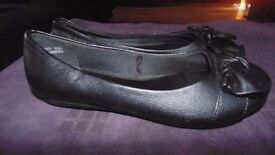 Girls black flat slip on shoes Size 3 Only worn once