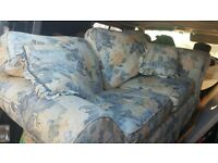 2 seater couch perfect for flat or conservatory