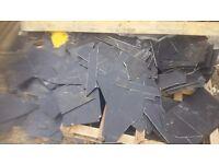 Quantity of roof slate offcuts
