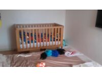 Silver cross pram and cot set worth 1000
