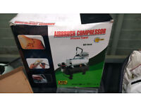 Airbrush Compressor, 2 Airbrushes and loads of enamel Paints for modeling...