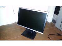 HP Compaq LA2205wg 22-inch Widescreen LCD Monitor