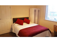 SAY YES TO THIS 9 double bed 3 bathroom student house, Hardacre St, Near Edge Hill University & Town