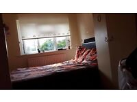 Lovely double room to rent - all bills included