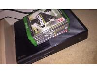 Xbox One + 6 games