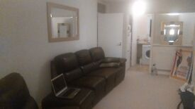 Room to rent - 10 mn from Buckingham, 20 mn from Milton Keynes