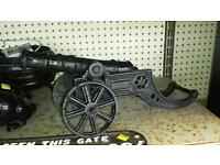 Small cannon telephone flower cart scales pots tractors