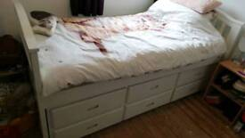 single bed with pull out extra matress