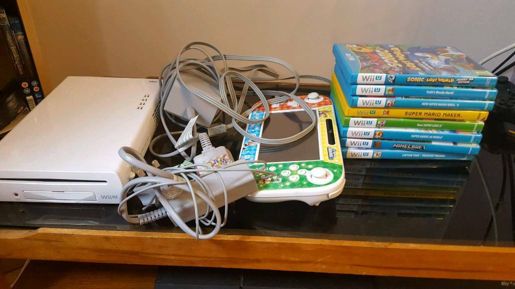 Nintendo Wii U console and 8 top games