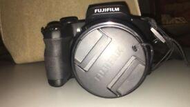 Fujifilm fine pix S1 - perfect condition, like new