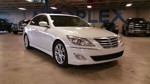 2012 Hyundai Genesis 3.8, Leather, Heated Seats, Navigation
