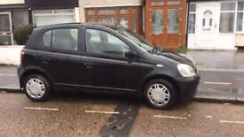 Toyota Yaris 1.0 black 2001 low mileage lady owner