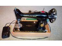 SINGER SEWING MACHINE 99K (Portable)