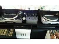 Numark decks, mixer & vinyls