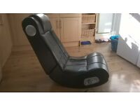 X-ROCKER GAMING CHAIR WITH BUILT IN SURROUND SOUND SPEAKERS FOR SALE!
