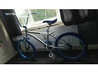 CUSTOM BMX