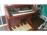 Roland Music Atelier AT90 R Electronic Organ including footstool and Music