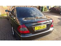 Mercedes Benz Eclass 220 avantgarde cdi pco Top off the rang model very nice and clean family car