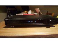 Sony FM-AM RDS stereo radio tuner ST-SE300
