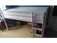 Single 3ft Wooden bed, Great condition Pet and smoke free home