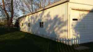 1800 sq ft Heated Shed w/separate entrance