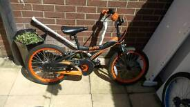 Boys bike age 7-9 roughly