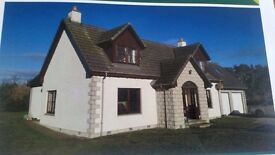 Gorgeous 5 bedroom house with 0.7 acre of land in a semi rural private setting.