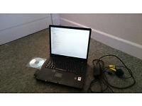 Laptop Dell Inspiron 1000
