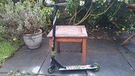 Boys black/green scooter