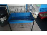 Small Indoor cage with wheels