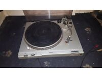 Technics direct drive turntable sl d2d2 full working order and reasonable condition