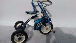 2- 4 Ages bike CLASSIC  TRICYCLE WITH PUSH HANDLE Trike