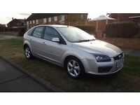 **NEW CAMBELT/CLUTCH/PADS/DISCS FORD FOCUS 1.6 ZETEC CLIMATE**