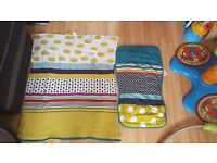 Mamas and papas liner and blanket