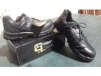 "BRAND NEW IN BOX Size 11, black leather steel toe ""Grafters"" safety boots."
