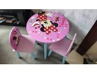 Minnie table