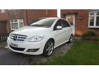 Mercedes Benz B Class 180B in amazing condition with no faults.
