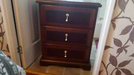 bedside cabinet 3 drawer