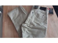 M&S jeans 32in (new)
