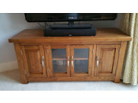 Quality Oak TV Unit - excellent condition