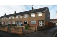 3 bed end of terrace house in hessle with parking and garage