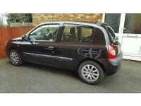 2002 Renault clio 1.2 £650 12 months mot.