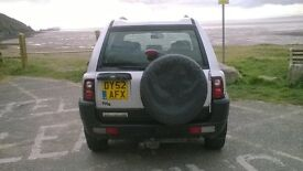 Freelander ES TD4 BMW Engine,Heated front leather seats', electric windows & mirrors, air con .