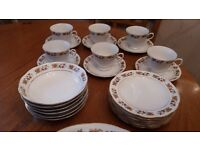**PRICE DROP** Vintage dinner set
