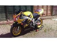 Sale or swap for convertible Mint condition Cbr900rrv fireblade, Mar 2018 mot, loads of new parts