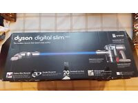 DYSON DC44 ANIMAL BAGLESS CORDLESS HOOVER BOXED NEW CONDITION